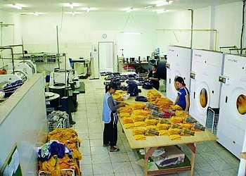 Lavanderia para lavagem de uniforme nr 10